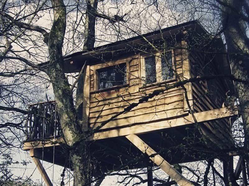 Mejores cabañas en los árboles de España / Foto: Basoa Suites